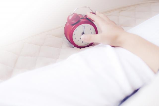 目覚まし時計は音から光の時代へ